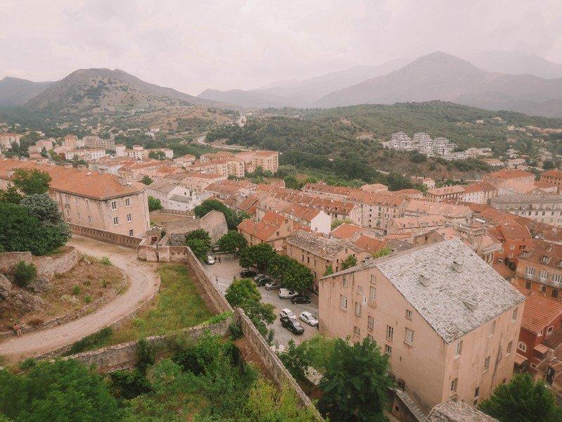 vue de corte depuis chateau