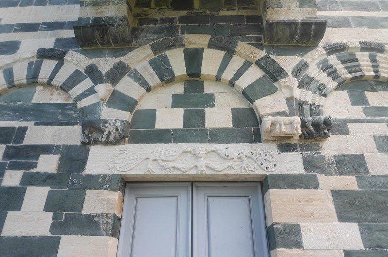 entrée eglise de murato
