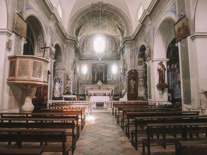 interieur eglise saint michel penta