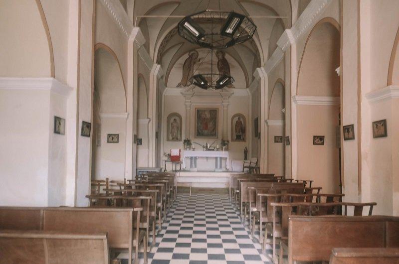 interieur eglise san lorenzu lama