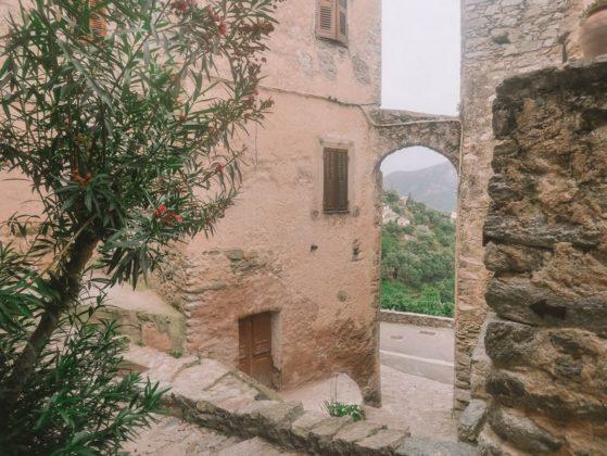 maison médiévale lama