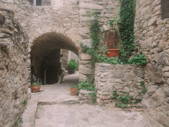 ruelle du village de lama