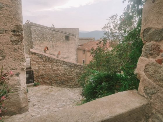 village lama corse