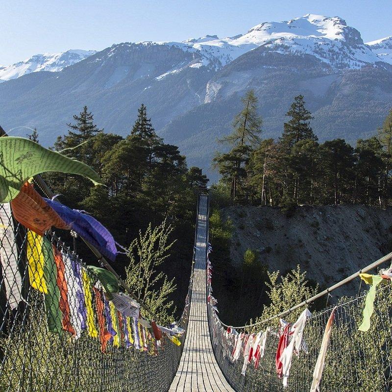 trekking bhoutan guide