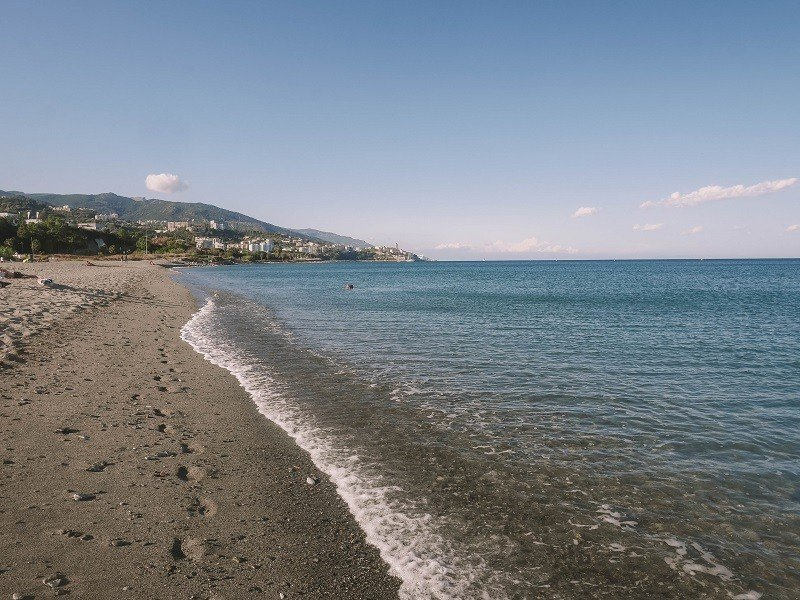 plage de l'arinella à bastia