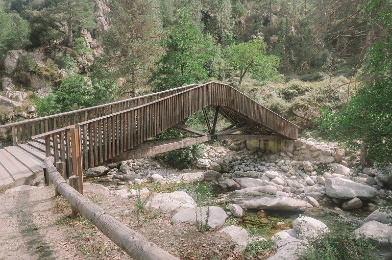 pont sentier botanique de la restonica