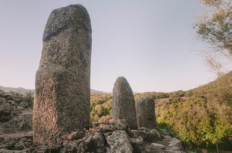 statues-menhirs filitosa