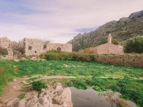 village ruiné d'occi