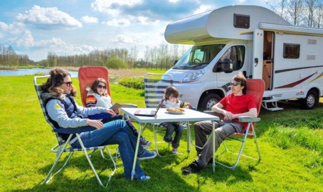 voyage camping car famille