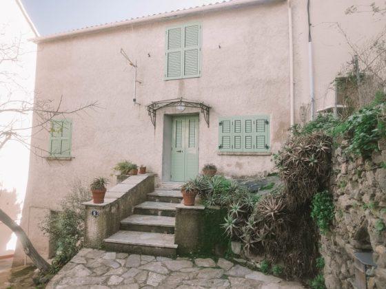 maison à biguglia village