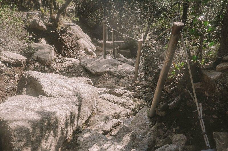 escalier cailloux