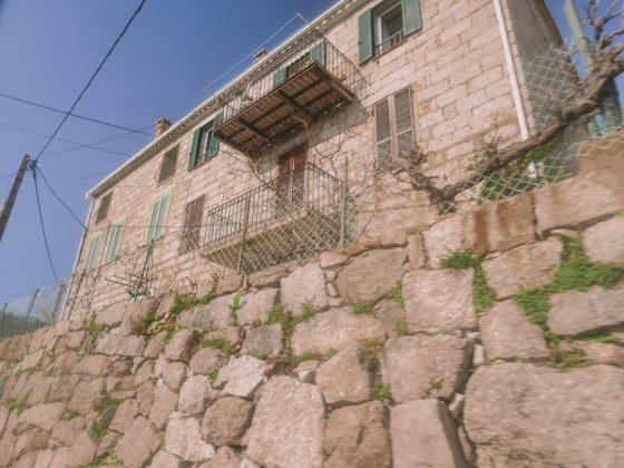 ospedale maison en pierre
