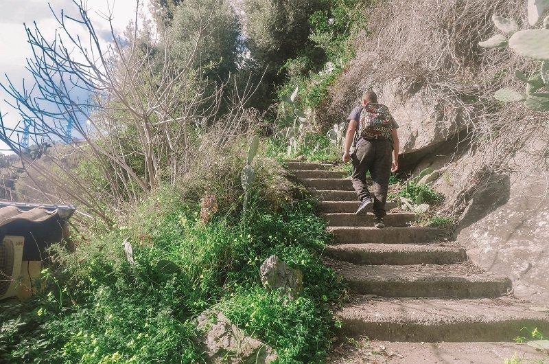 sentier randonnée biguglia