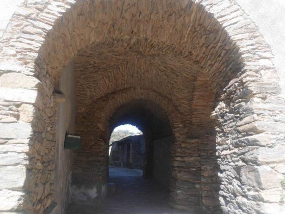tunnel arche talasani