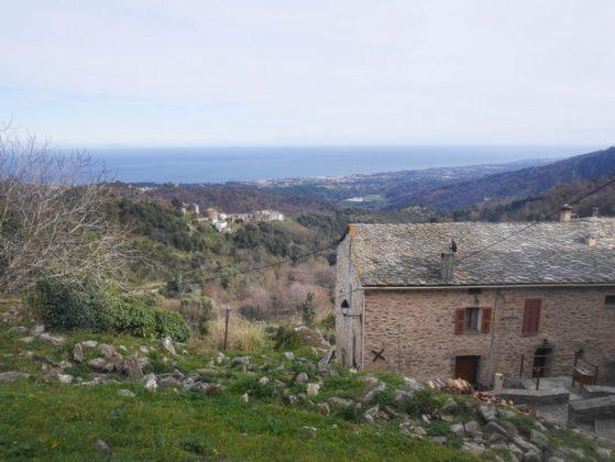 village perché de la costa verde