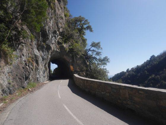 tunnel montagne corse