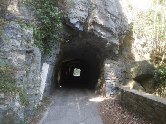 tunnel montagne costa verde