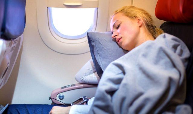 comment bien dormir en avion