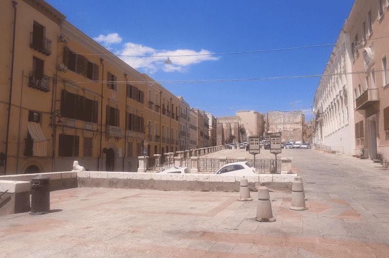 Piazza Palazzo cagliari