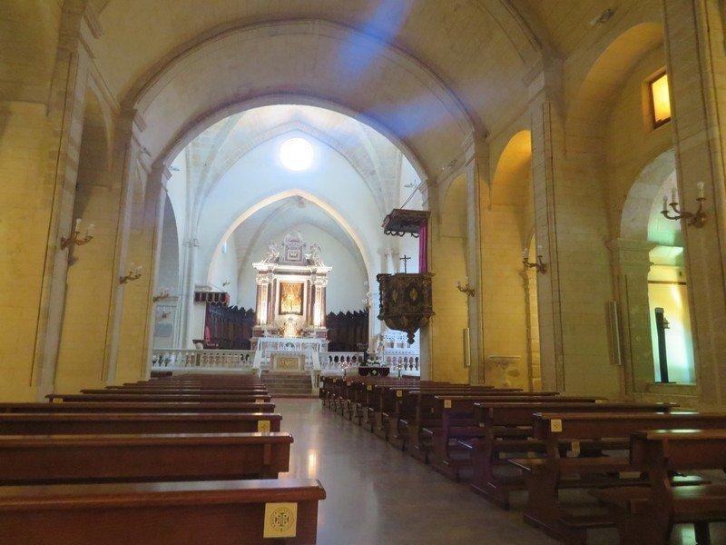 interieur cathedrale castelsardo