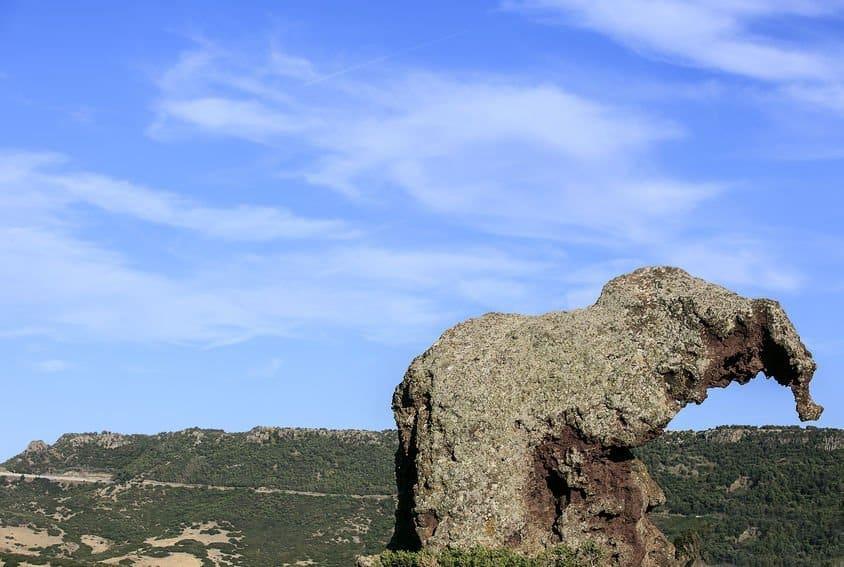 rocher elephant castelsardo