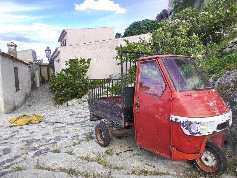 vehicule à trois roues italie