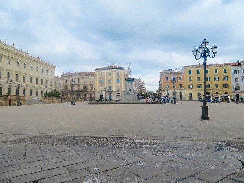 piazza italia sassari