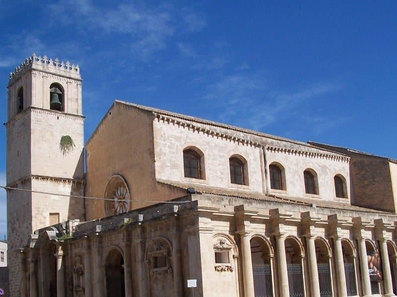 Basilica di Santa Lucia al Sepolcro syracuse