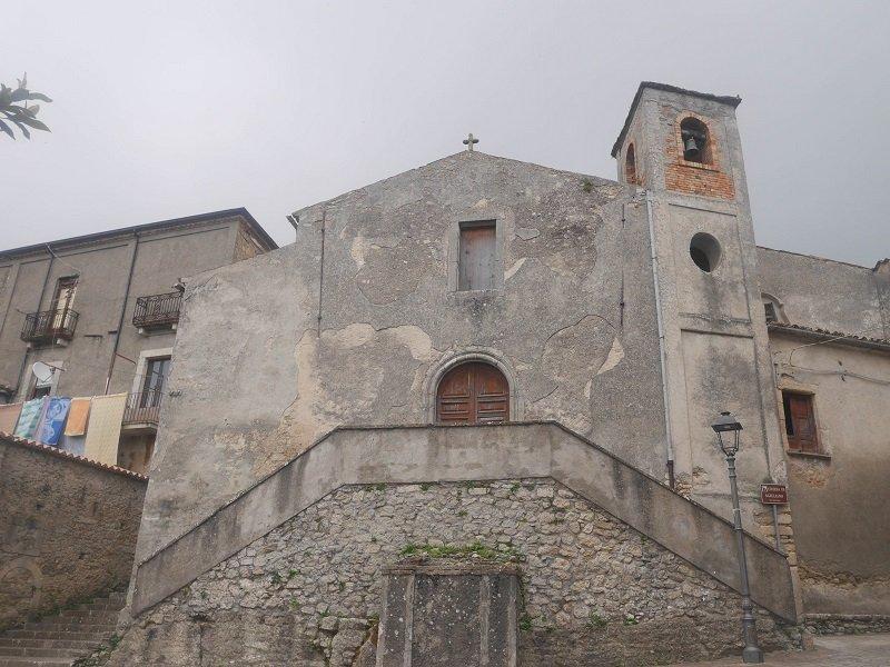 église S. giuliano aiello calabro