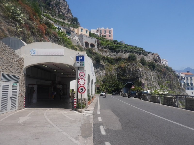 parking luna rossa amalfi