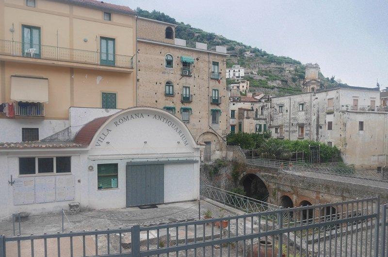 villa romaine minori