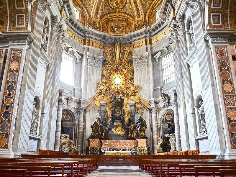 intérieur basilique saint pierre