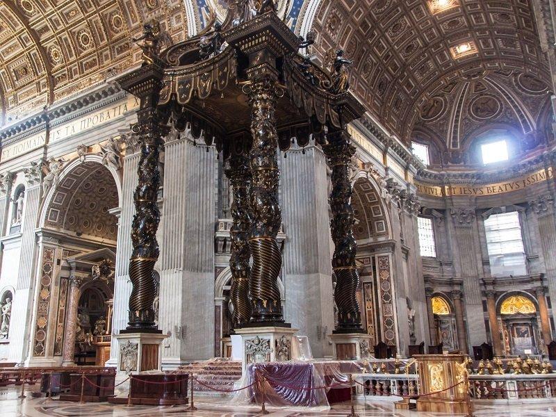 intérieur basilique du vatican