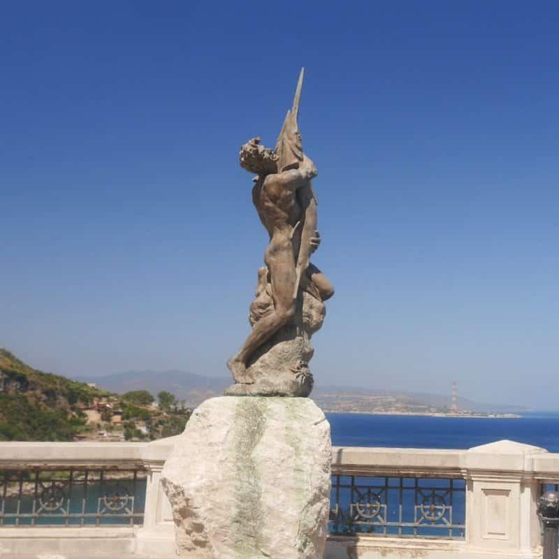 statue à scilla