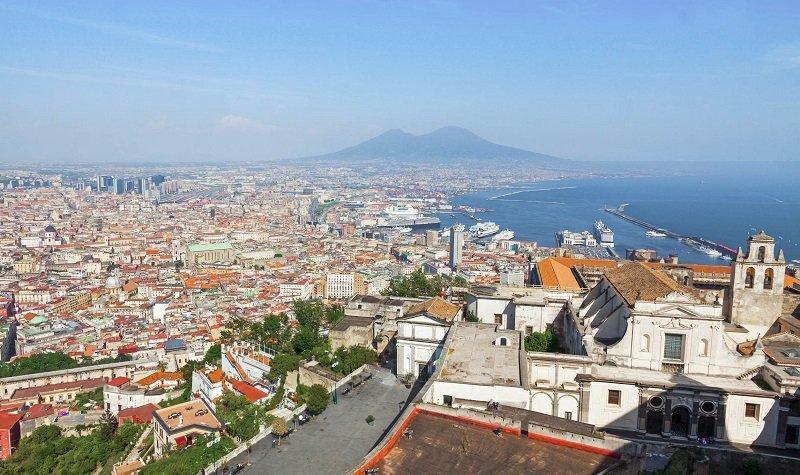 Visiter Naples et ses environs