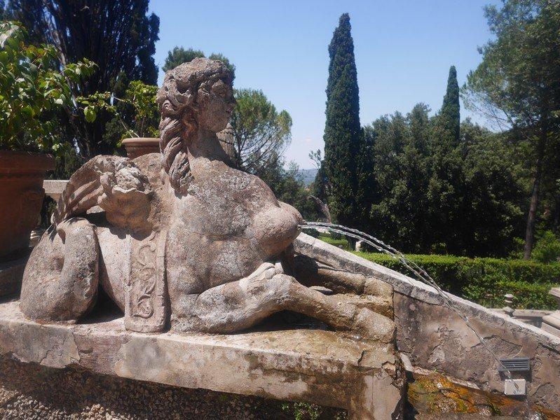 statue villa d'este