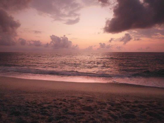 plage nuit coucher de soleil