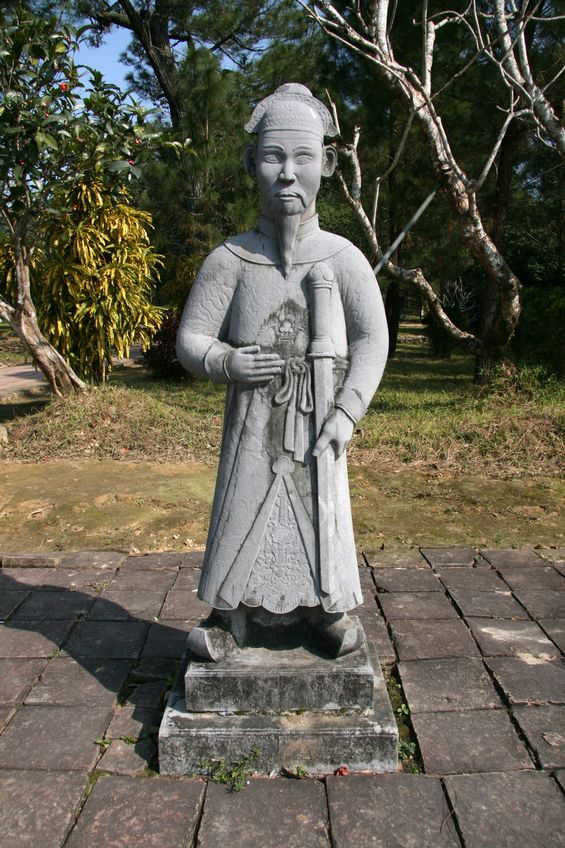 statue tombeau de minh mang