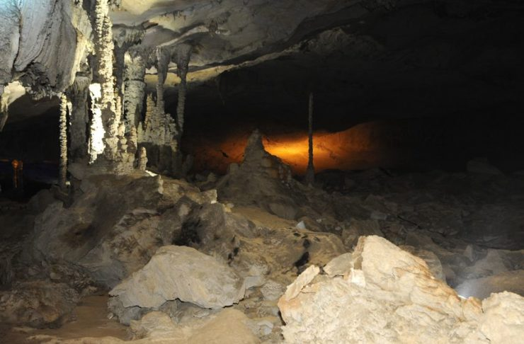 grotte kong lor