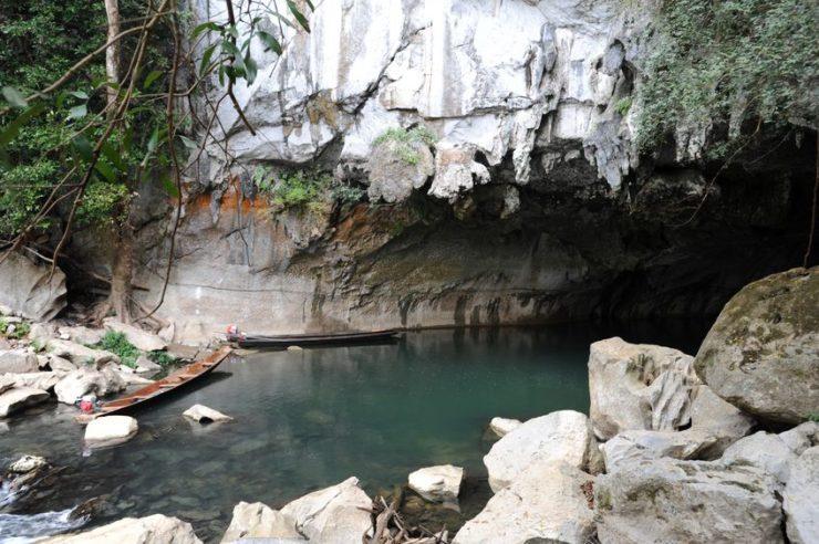 Grotte de Kong Lor rivière