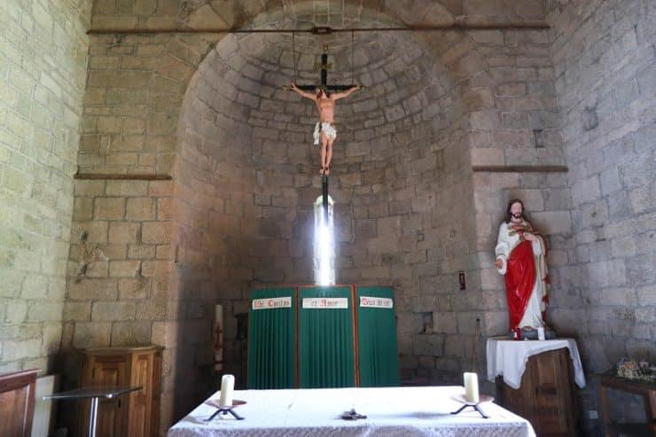 intérieur église carbini