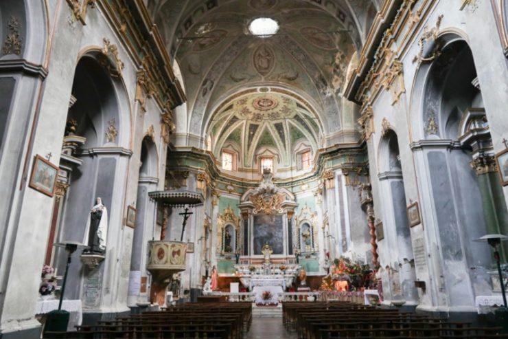 intérieur église muru