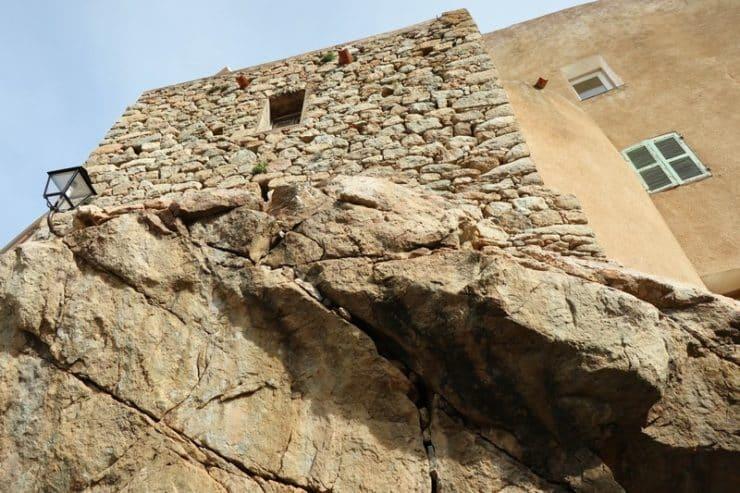 maison en pierre speloncato