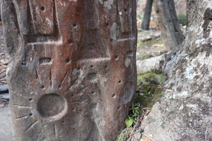 stèle gravée