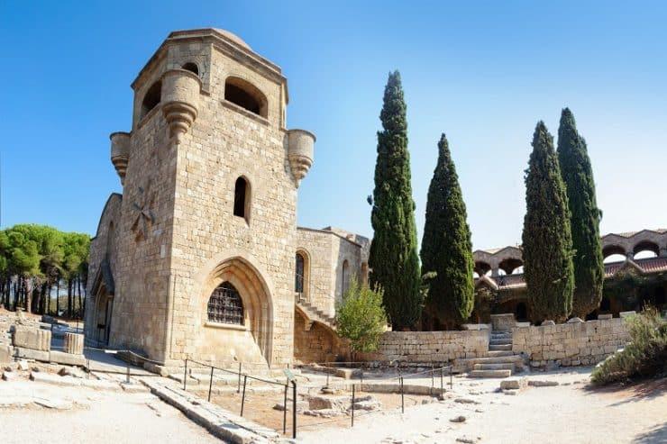 ialyssos monastère