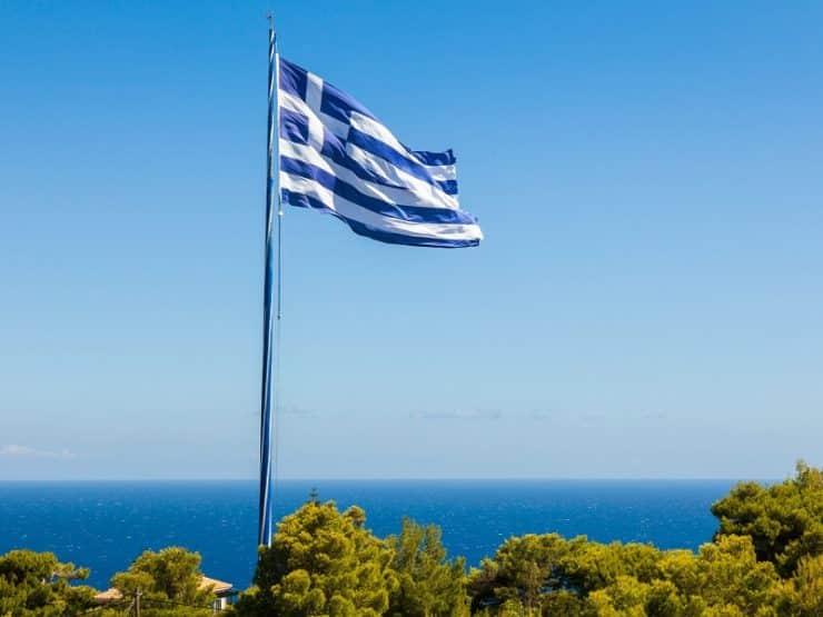 plus grand drapeau grec