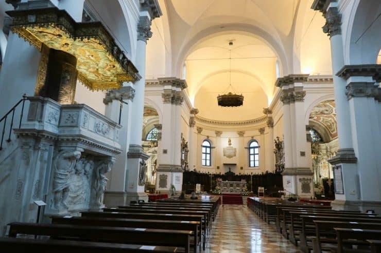 intérieur cathédrale de chioggia