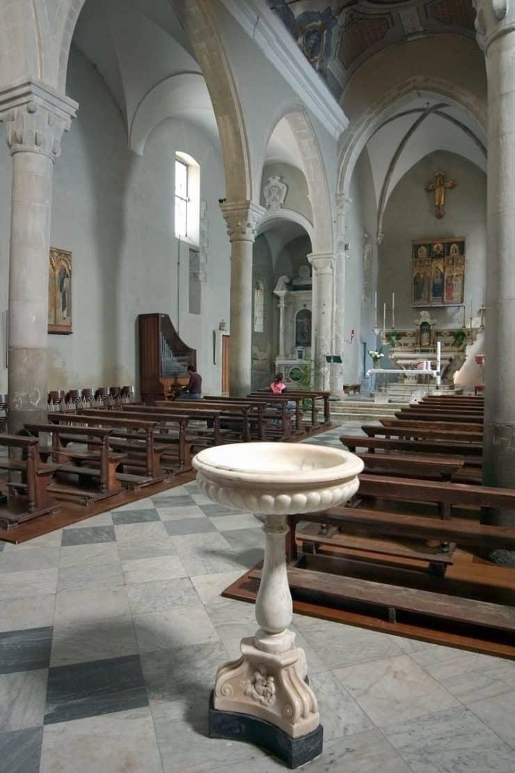 intérieur église manarola