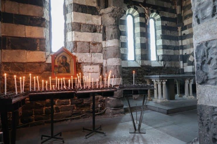 intérieur église san pietro porto venere