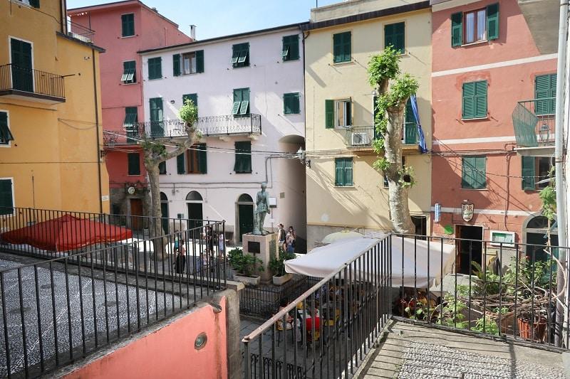 Place Largo Taragio corniglia